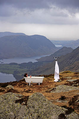Soap star: Michelle in her bathtub atop Fleetwith Pike