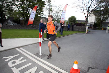 Mark Hartell finishes the race in 11h 08mins
