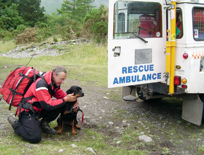 Gemma with one of the rescue team