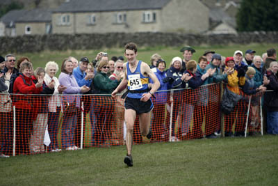 Jethro Lennox wins the Three Peaks Race 2008
