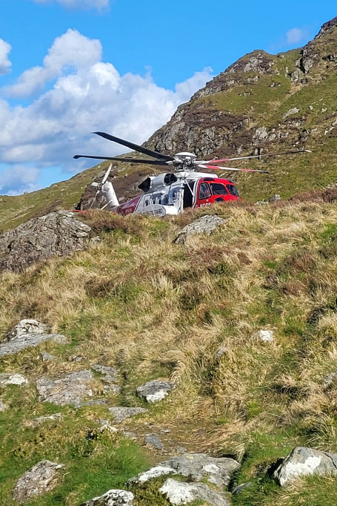 The Caernarfon Coastguard helicopter at the scene. Photo: Aberdyfi SRT
