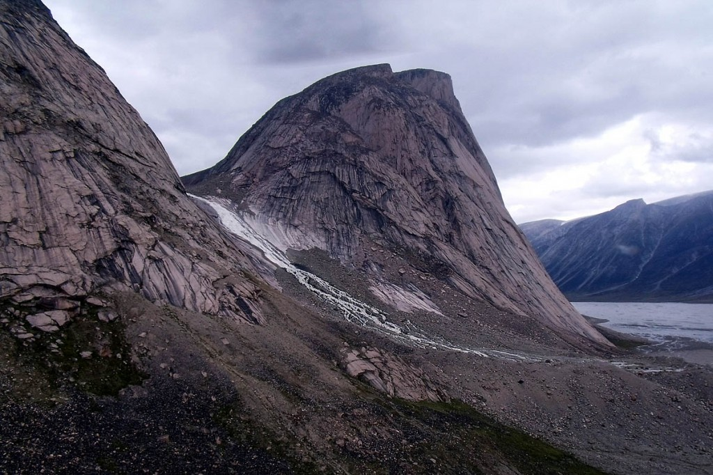 Baffin Island is home to many granite big walls. Photo: Mike Beauregard CC-BY-2.0