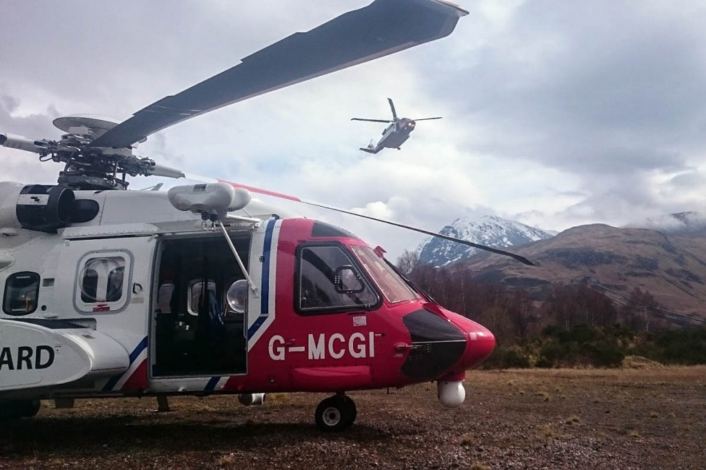 Coastguard crews hand over mid-job at Torlundy near Ben Nevis. Photo: MCA