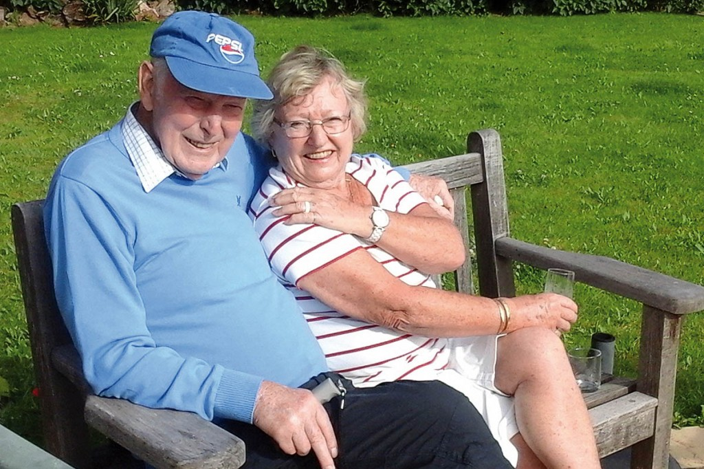 Dementia Adventure clients on holiday