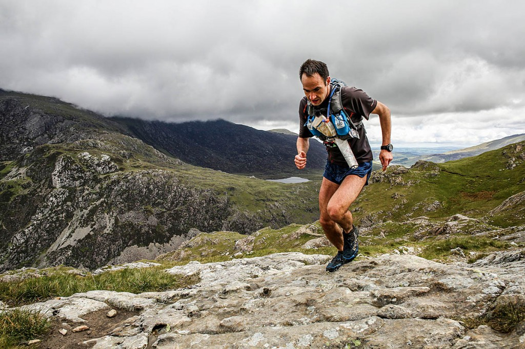 Jim Mann heads away from Pen-y-Pass at the start of the Snowdon horseshoe during the 2015 race. Photo: Ian Corless