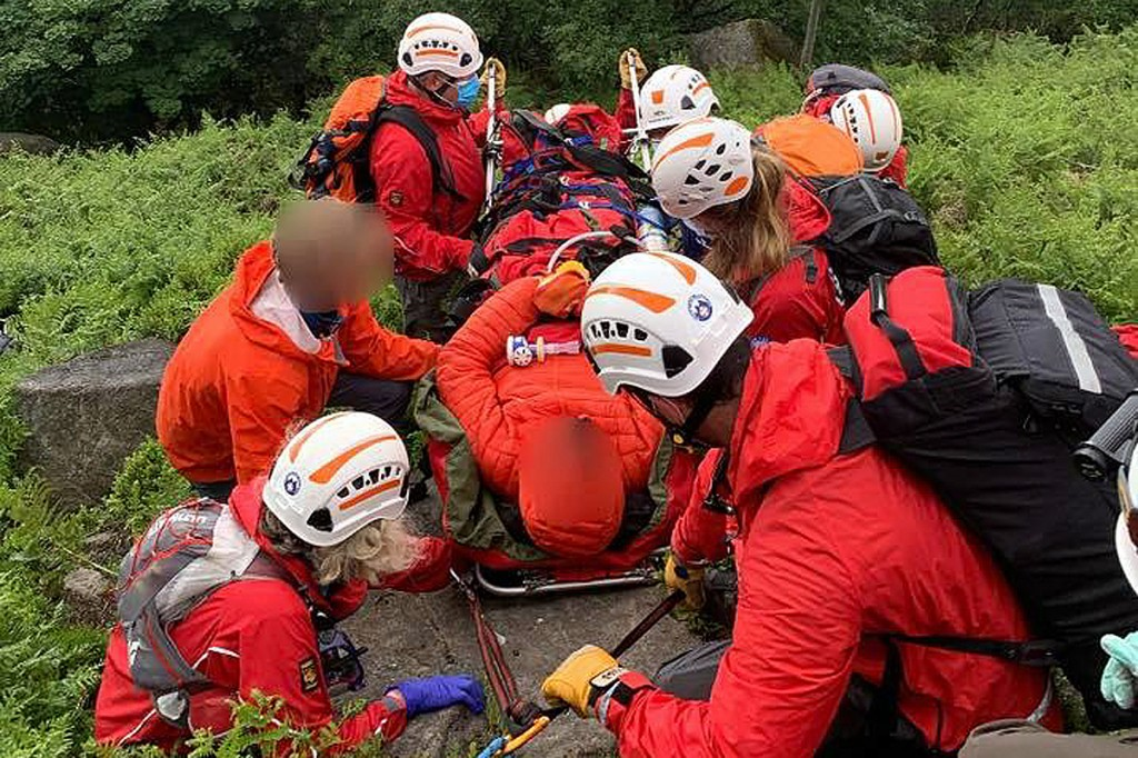The injured climber is stretchered from Bamford Edge. Photo: Edale MRT