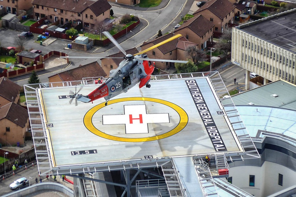 The Royal Navy Sea King lands on the new helipad at South Glasgow University Hospital, formerly the Southern General Hospital. Photo: Royal Navy
