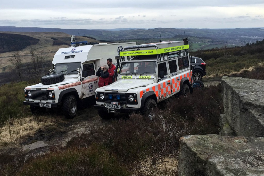 Glossop team members at the Tintwistle Knarr rescue. Photo: Glossop MRT
