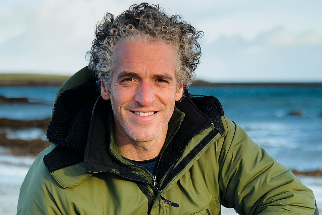 Gordon Buchanan Net Worth