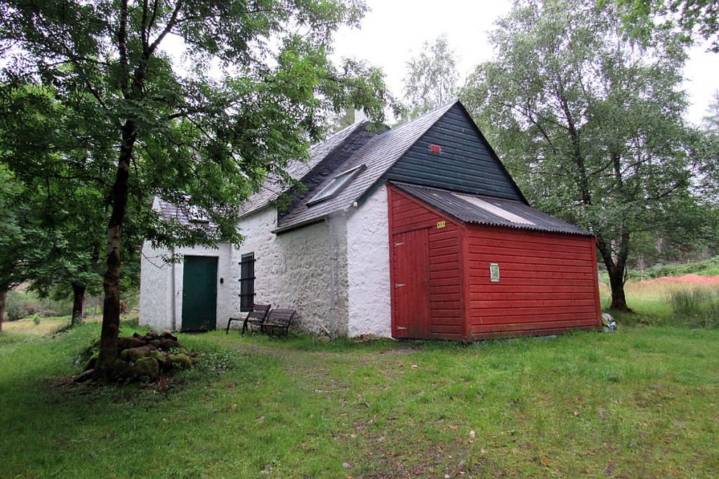 The Grampian Club's Inbhirfhaolain Hut in Glen Etive