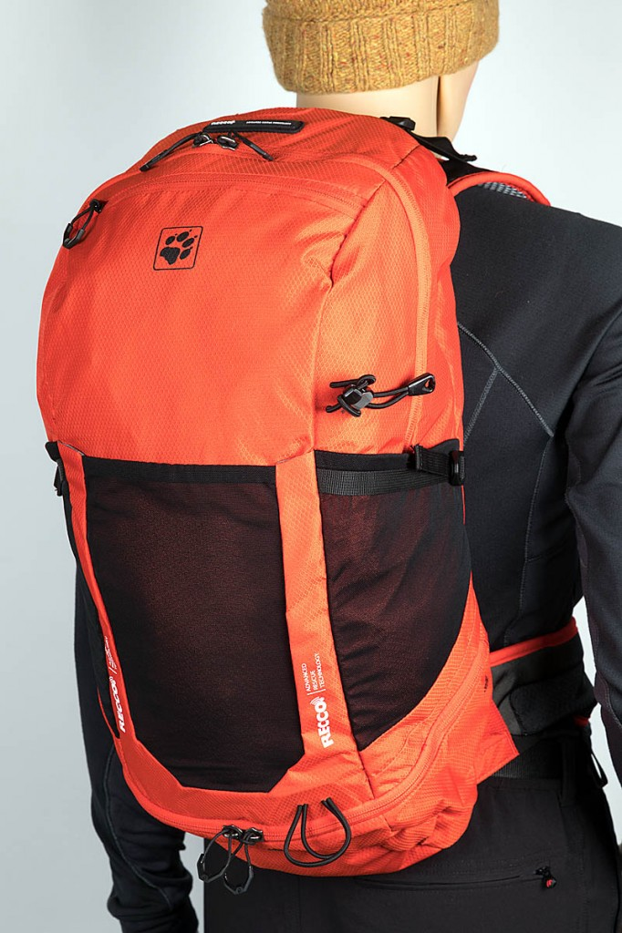 Jack Wolfskin Kingston 30 Pack Recco. Photo: Bob Smith/grough