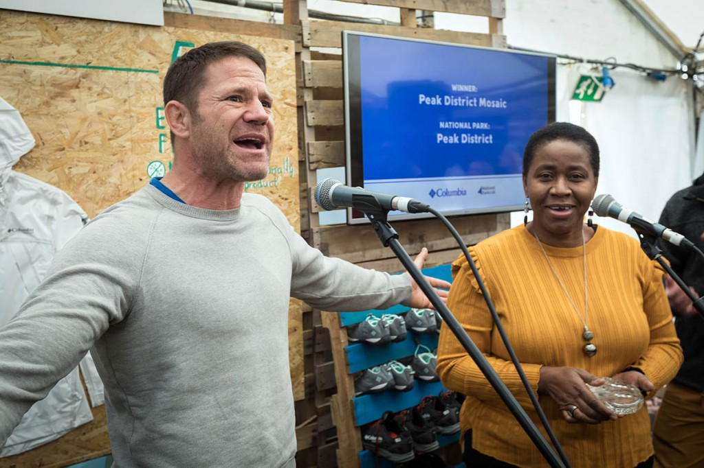 Steve Backshall is in expansive mood as Yvonne Witter of Peak District Mosaic receives the group's award. Photo: Bob Smith/grough