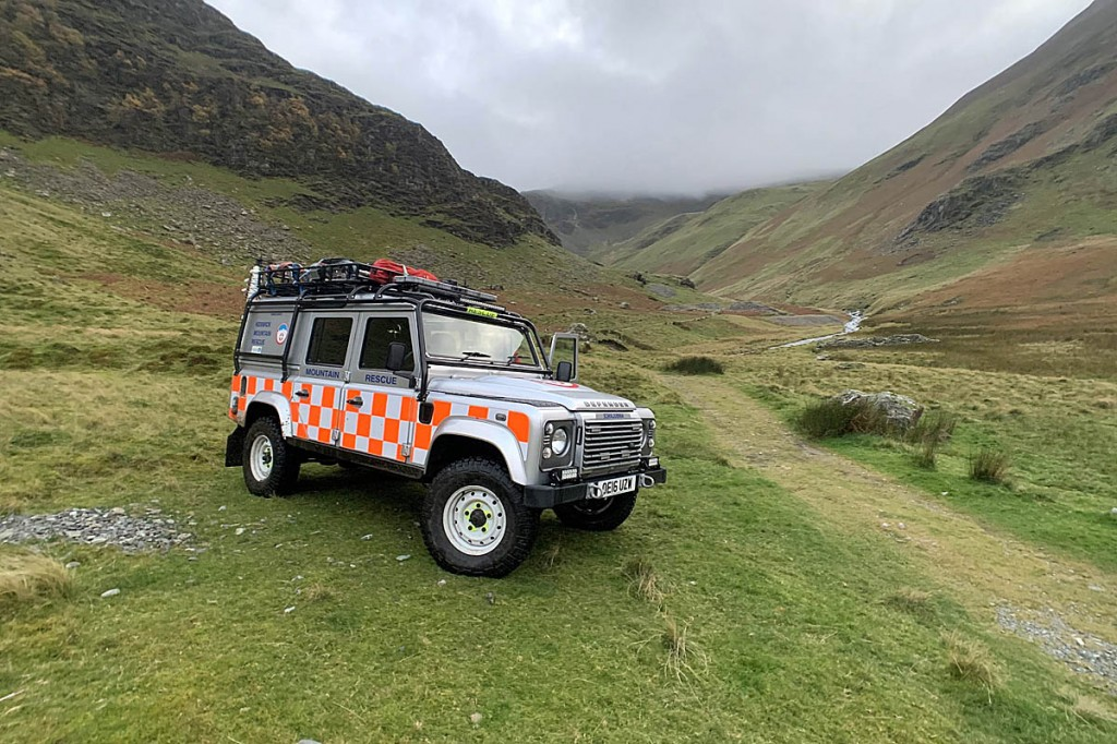 The team Land Rover in the valley north of Dale Head. Photo: Keswick MRT