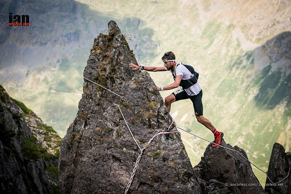 Race winner Rob Sinclair on Pinnacle Ridge. Photo: Ian Corless