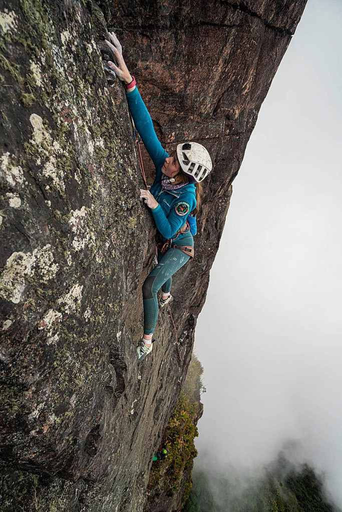 Anna Taylor leads a pitch. Photo: Coldhouse Collective/Berghaus