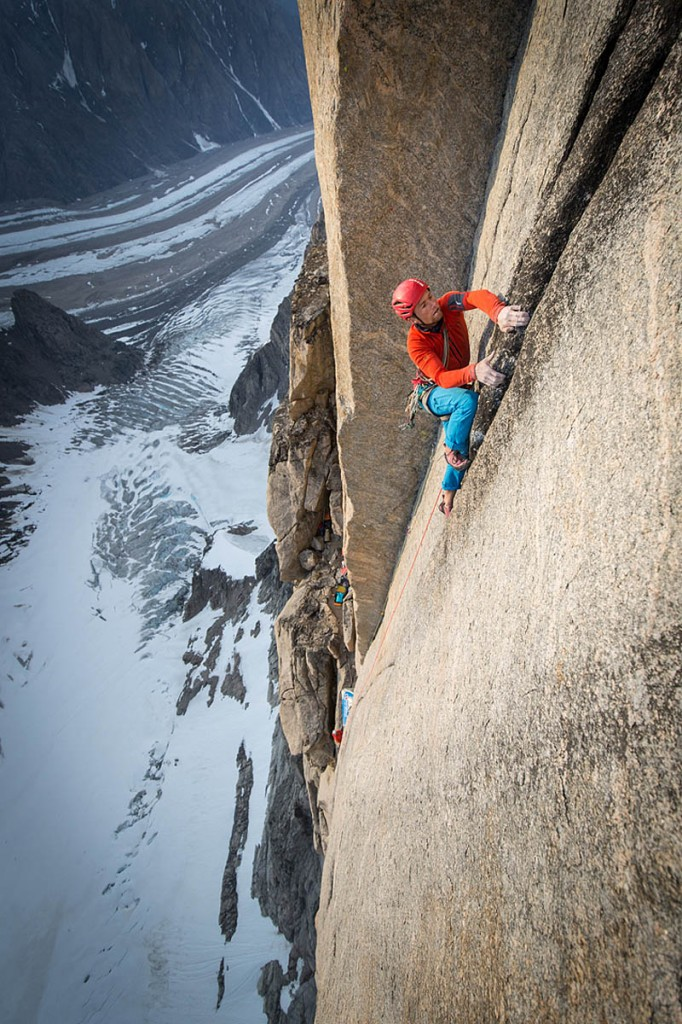 Houlding leads a pitch on the Mirror Wall. Photo: Matt Pycroft/Coldhouse Collective/Berghaus