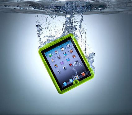 The Lifedge iPad case is waterproof up to 1m