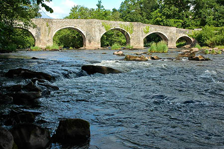 The River Usk at Llangynidr. Photo: Philip Halling CC-BY-SA-2.0