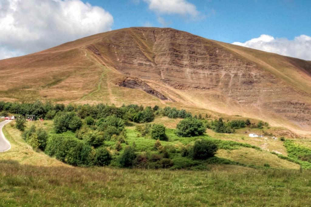 Mam Tor's face: 'an unstable pack of cards'. Photo: Rob Bendall