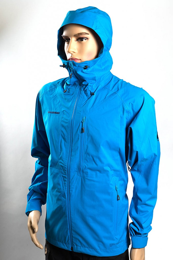 Mammut Kento HS Hooded Jacket. Photo: Bob Smith/grough