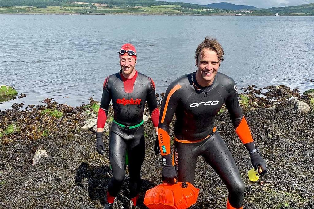 The pair come ashore on Mull. Photo: Hazel Moran