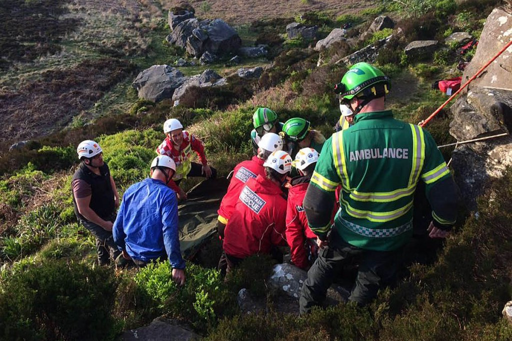 Rescuers at the scene of the climber's fall. Photo: NNPMRT