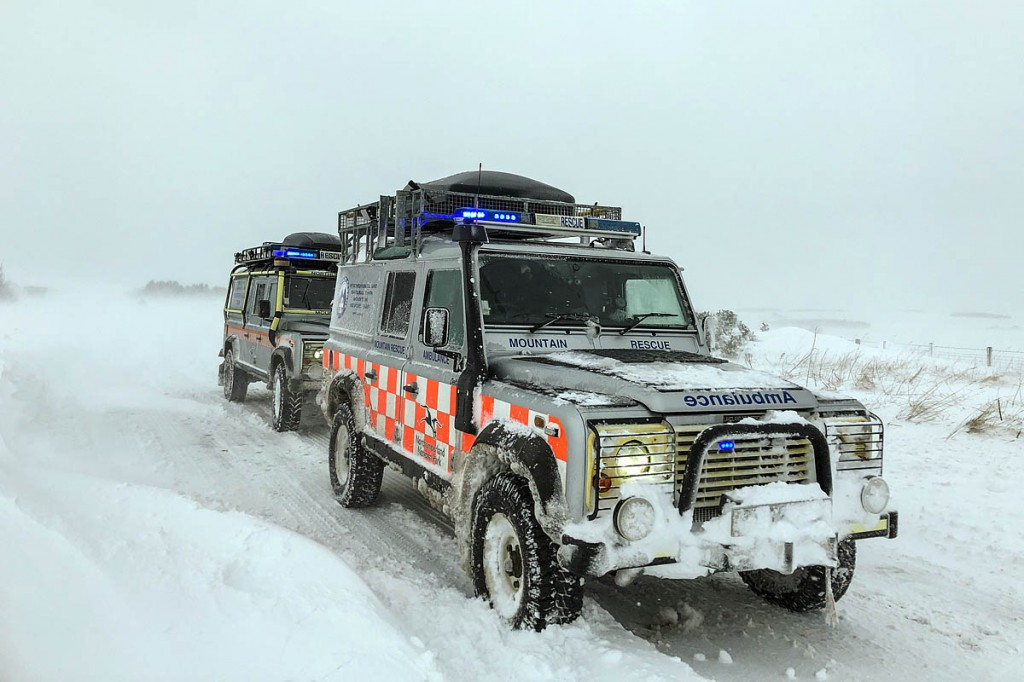 The teams' vehicles head up to Carter Bar. Photo: Northumberland National Park MRT