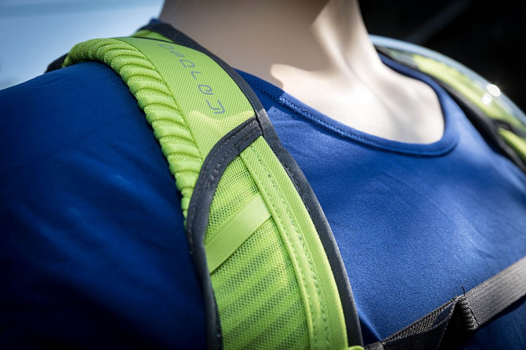 The harness straps are comfortable and well ventilated. Photo: Bob Smith/grough