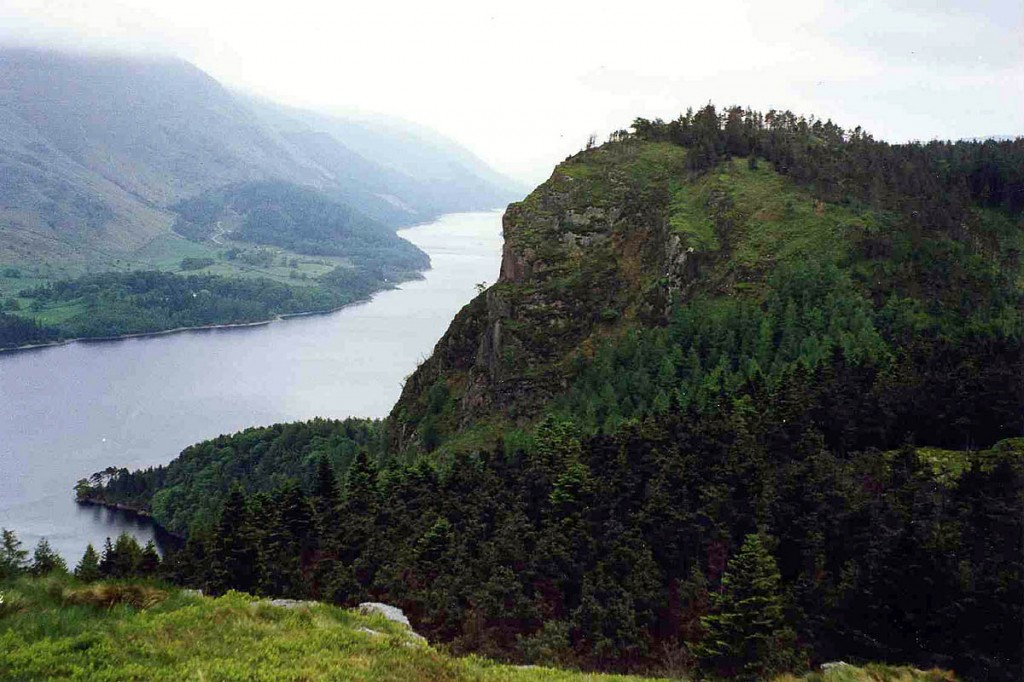 Raven Crag and Thirlmere. Photo: Mick Knapton CC-BY-SA-3.0 https://commons.wikimedia.org