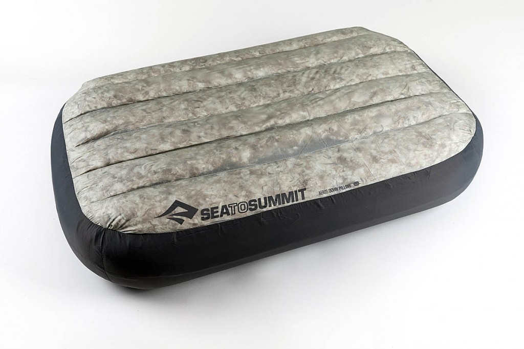 Sea To Summit Aeros Pillow Deluxe. Photo: Bob Smth/grough