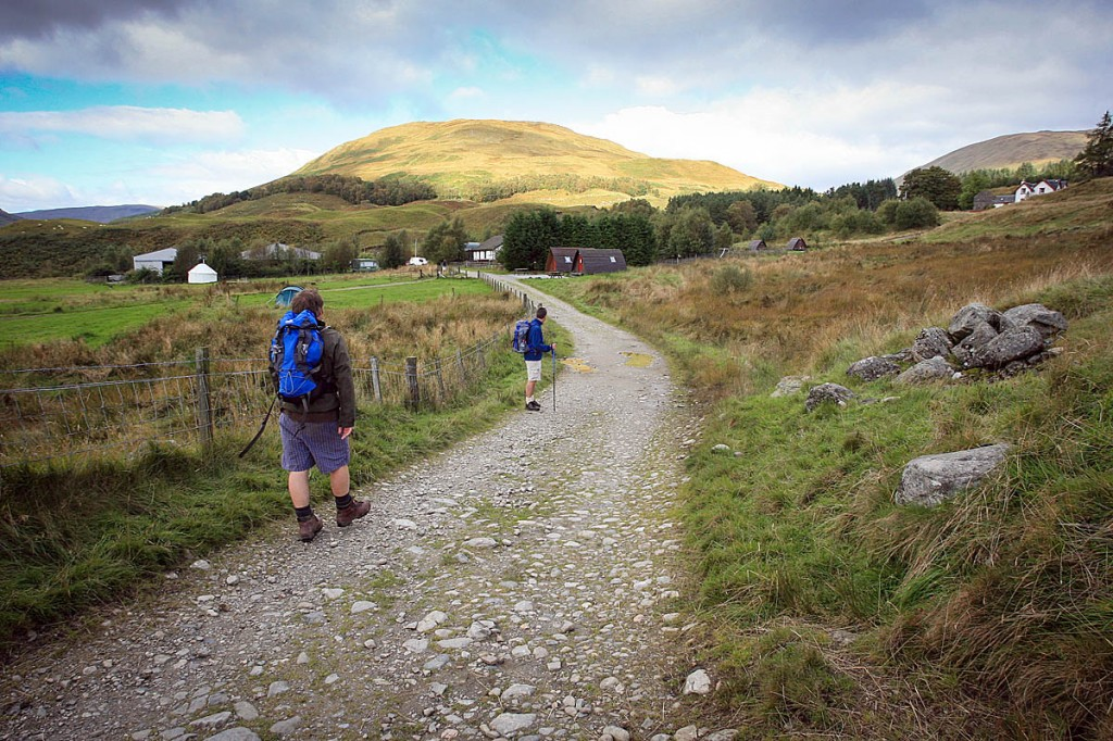 Walkers on the West Highland Way between Ewich and Tyndrum. Photo: Bob Smith/grough