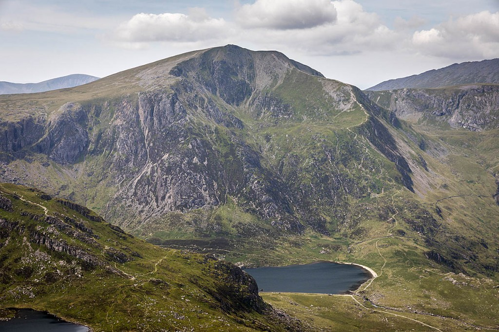 Peaks such as Y Garn in Gwynedd will be out of bounds to visitors from high-risk areas. Photo: Bob Smith/grough