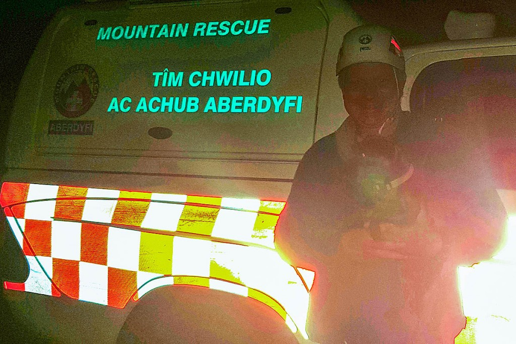 One of the team with the rescued dog. Photo: Aberdyfi SRT