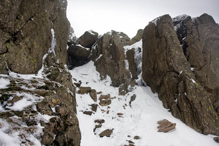 The Bad Step, centre, on Long Top