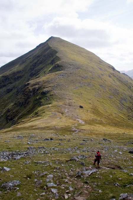The backward view to Stob Binnein from the path leading to the top of Ben More