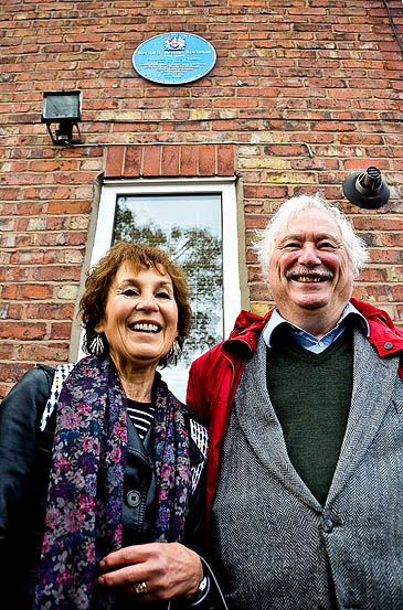 Benny Rothman's son and daughter Professor Harry Rothman and Marion Thilo at the unveiling of a blue plaque at his former home
