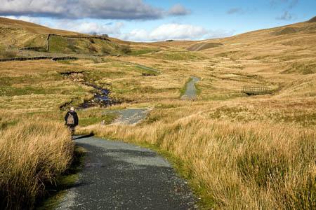 The walker suffered a leg injury crossing a beck on Blea Moor