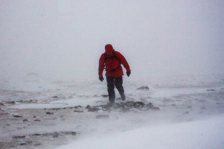 Hurricane-force winds and whiteouts will hit mountains in Scotland
