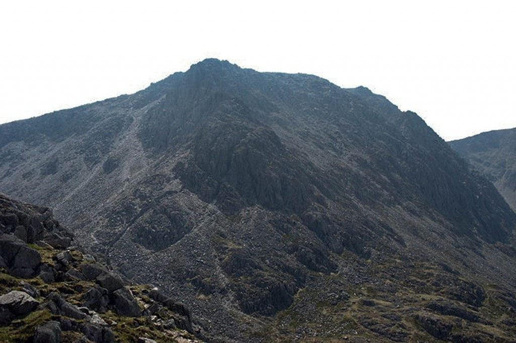 Bristly Ridge on Glyder Fach. Photo: Eric Jones CC-BY-SA-2.0
