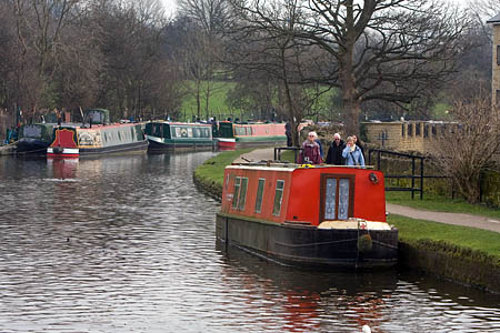 The care of England's canals passed to a new charity