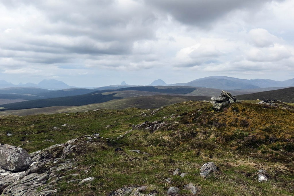 The summit plateau of Beinn an Eòin Bheag, which overlooks the proposed site. Photo: John Ferguson CC-BY-SA-2.0