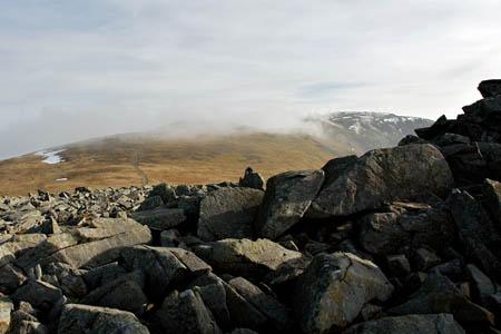 On Carnedd Uchaf or Gwenllian, looking towards Carnedd Llewlyn. Photo: erwlas CC-BY-2.0