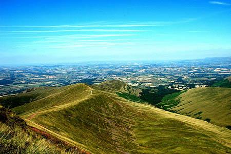 The men were found on the Cefn Cwm Llwch ridge. Photo: Adrian Perkins CC-BY-SA-2.0