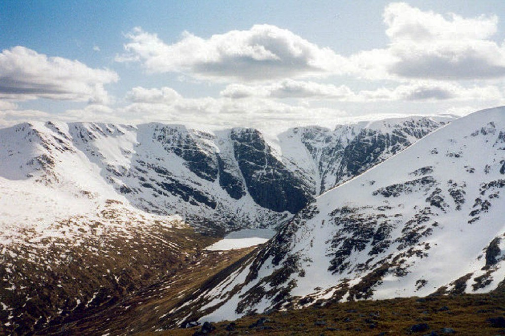 Two people are in a serious condition after the avalanche on Creag Meagaidh. Photo: Paul Birrell CC-BY-SA-2.0