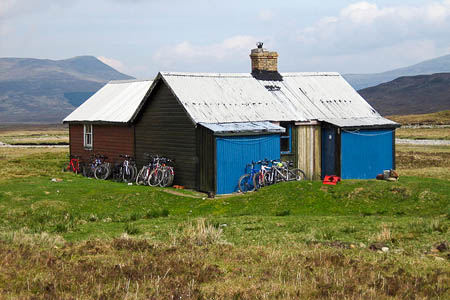 The Culra bothy is now fully open after temporary repairs. Photo: Gerald Davison CC-BY-SA-2.0