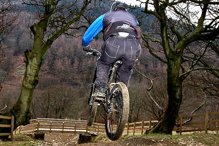 A mountain biker on the Cwmcarn trail. Photo: Andy_C CC-BY-2.0