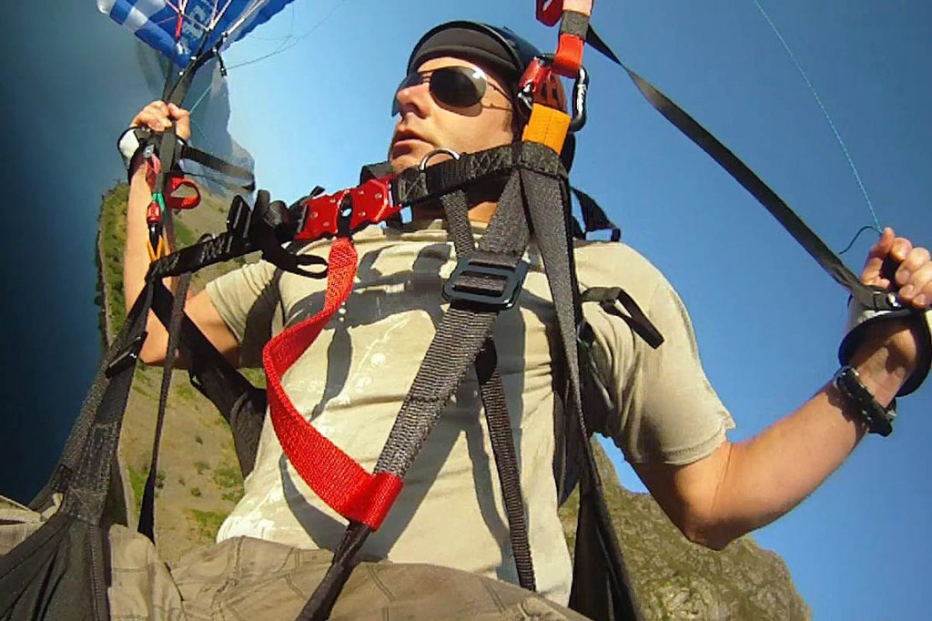 Dave Tighe in paragliding action before the Langdale accident