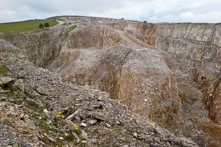 Deep Rake quarry. Photo: Martin Spamer CC-BY-SA-2.0