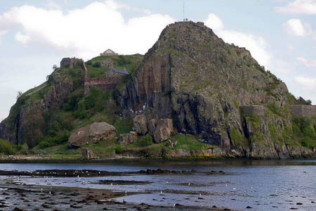 A plan to clean up Dumbarton Rock proved controversial. Photo: Stephen Sweeney CC-BY-SA-2.0