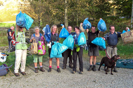 Volunteer litter pickers from the Helvellyn Fell Care Day